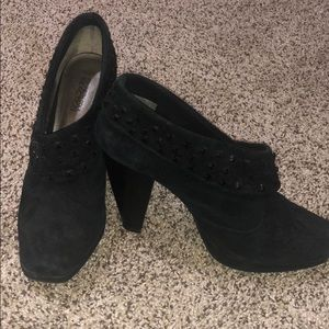 Kenneth Cole Reaction Black Booties